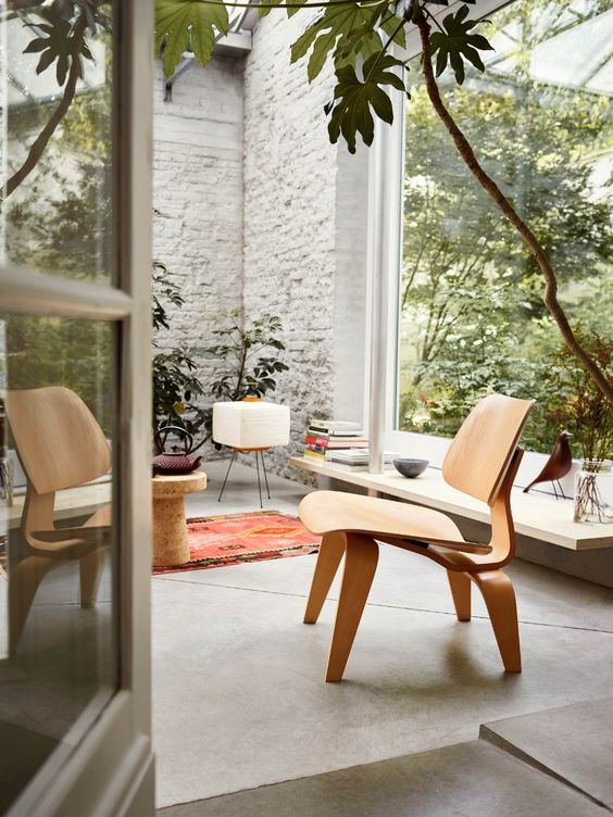 sillas Plywood o LCW (Lounge Chair Wood), de Charles y Ray Eames para Herman Miller